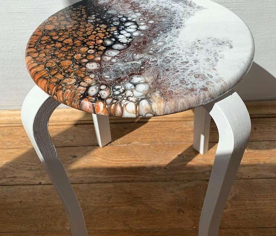 Резин Арт столик
